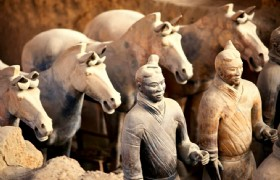 Xian 2 Days Tour to Terracotta Army, Ancient City Wall, Muslim Quarter
