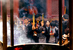 Chinese New Year Prayers and Incense Offerings
