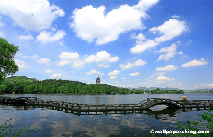 Hangzhou-West-Lake-1.png